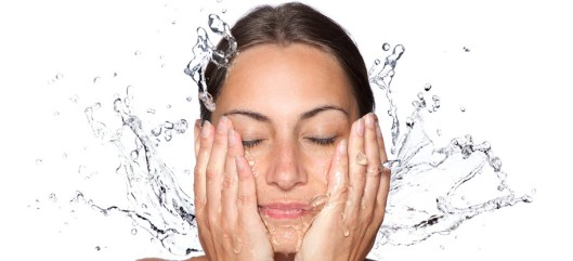 splashing-water-on-face